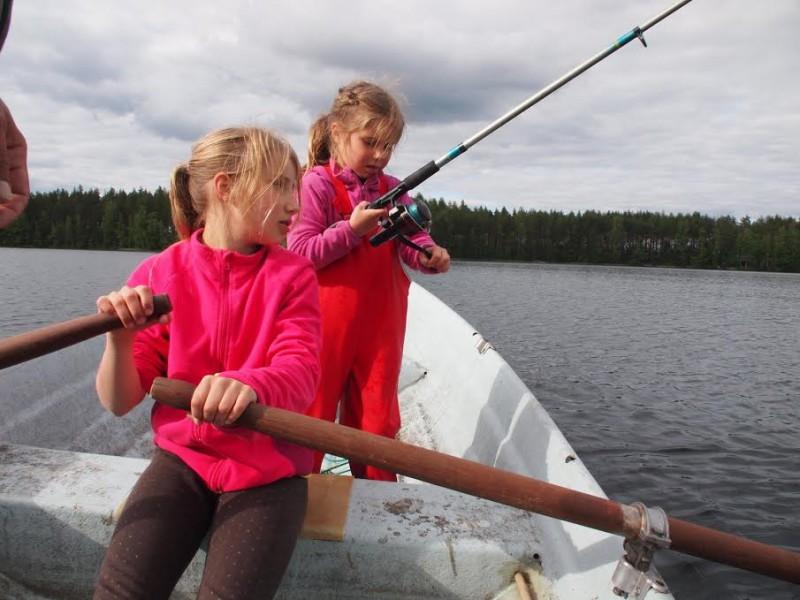 Ola i Marta na rybach