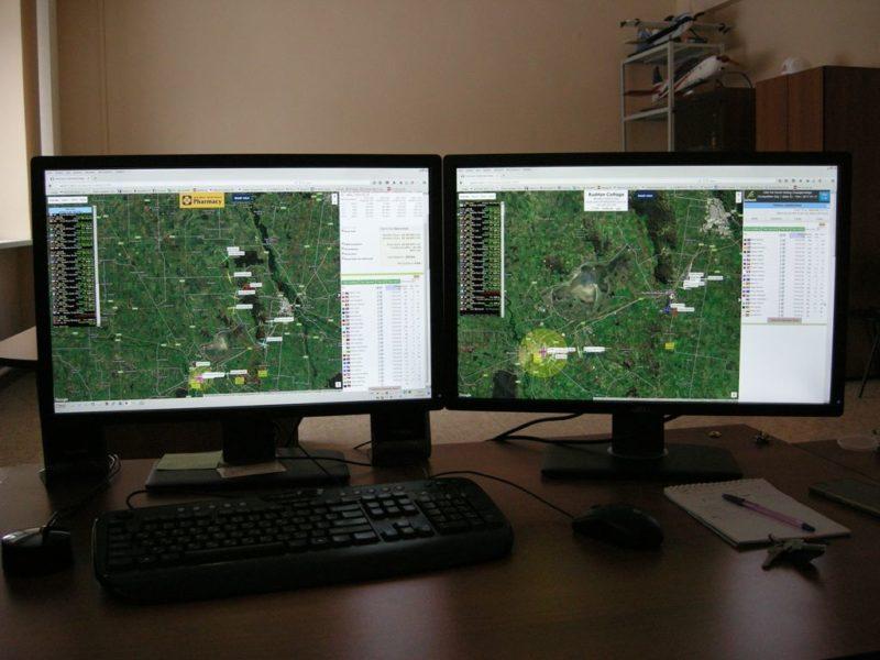Dwa monitory Leksiej Kuczerow