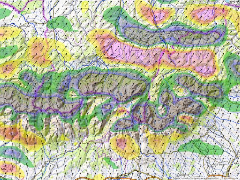 Mapa zafalowania za Tatrami przy zachodniej odchyłce wiatru. Niższe , zachodnie tatry prawie bez fali.